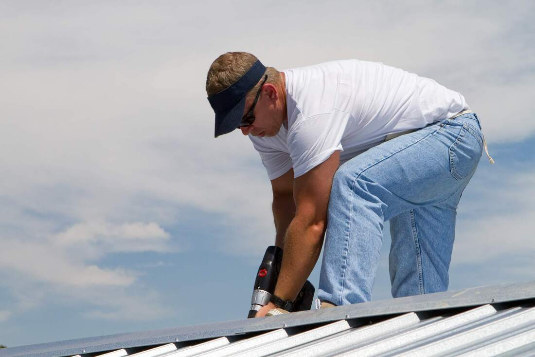 saginaw roofers mi technician